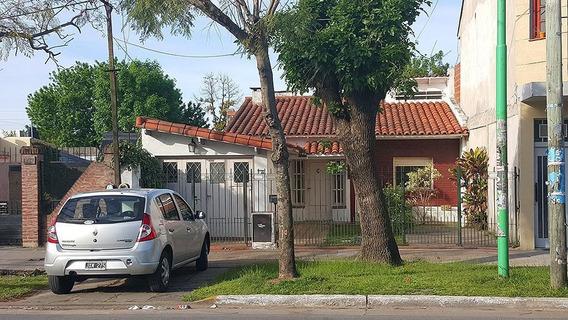 Casa De 3 Dormitorios, 2 Baños Y Cochera-lote 8,66 X 39mts -120 Mts 2 Cubiertos - Ensenada
