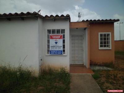 Casa En Venta En La Estancia, Tipuro