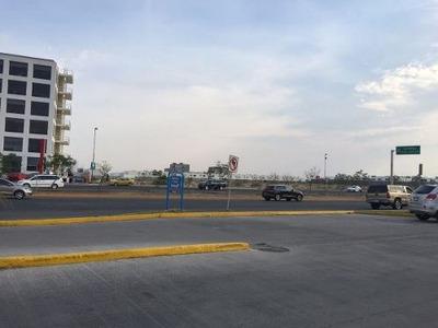 Renta Terreno Comercial Juriquilla Querétaro