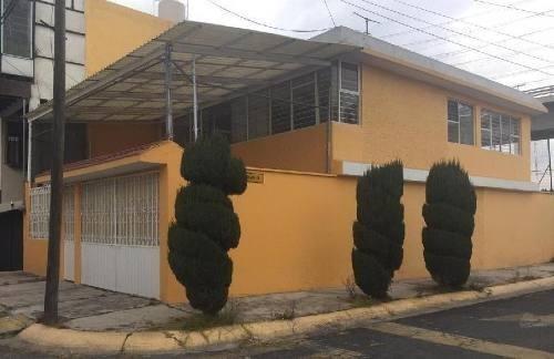 Casa En Renta En Unidad Victoria,toluca Estado De México.