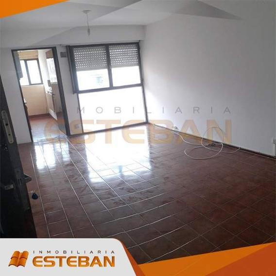 Alquilo Departamento 1 Dormitorio - Barrio Centro