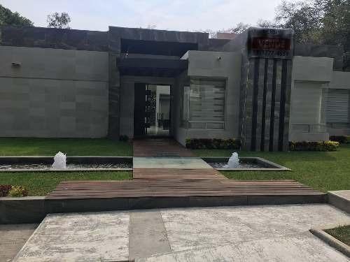 Residencia Minimalista Con Alberca, Club De Golf Vallescondido