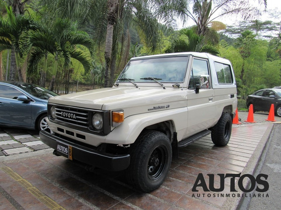Toyota Land Cruiser Fzj73 Mt 4x4 Cc4500 Carevaca