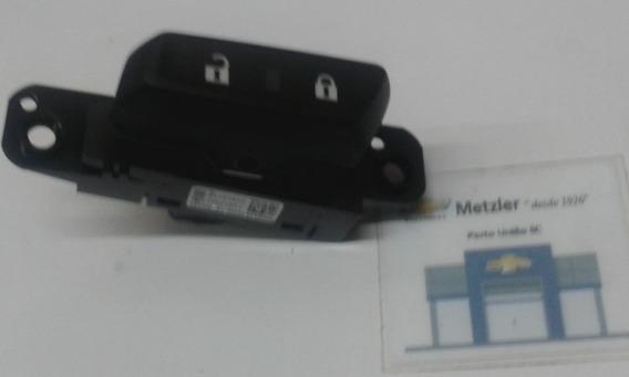 Interruptor Trava Porta No Painel Cobalt Spin Gm 94745840