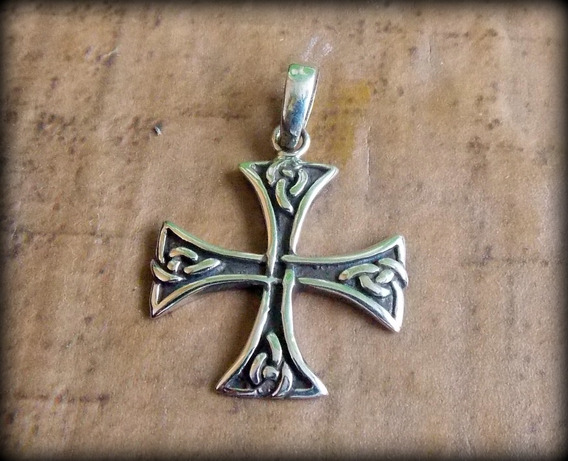 Pingente Cruz Celta Templária Celtic Cross Prata - Opç 02