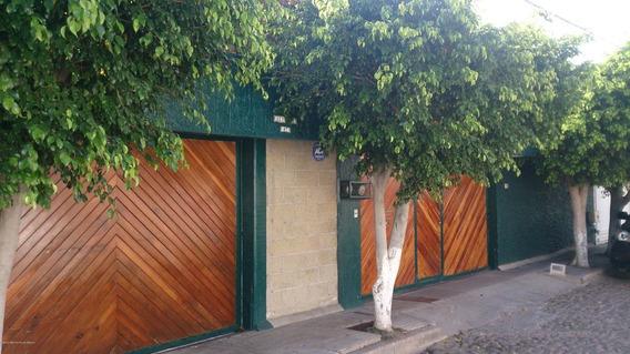 Casa En Renta En Alamos 3era Seccion, Queretaro, Rah-mx-21-736