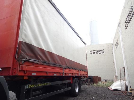 Bau Sider Ano 2015 Comprimento 7 M - Altura 2.65