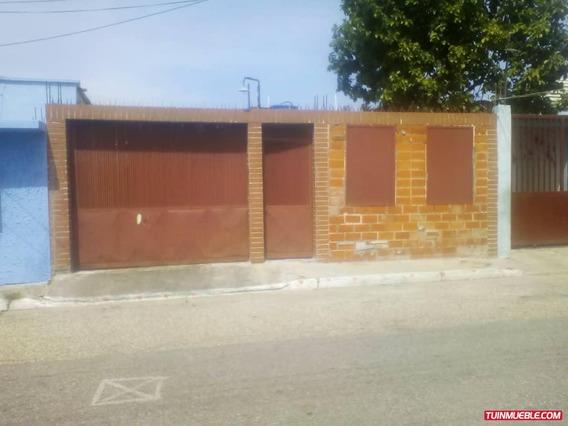 Casa En Venta En Santa Rita Sector Alfaragua - Maracay