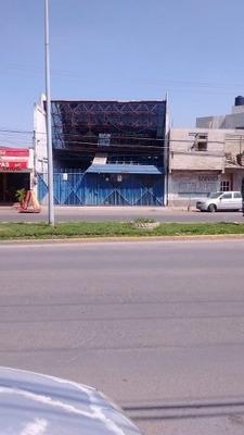 Los Reyes Blvd. Oriente.bodega Comercial Remax Platino.