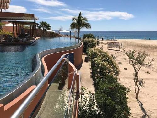 Esta Villa De 2 Dormitorios Frente A La Playa En San José Del Cabo