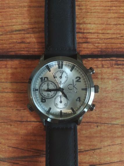 Relógio Calvin Klein Com Pulseira De Couro