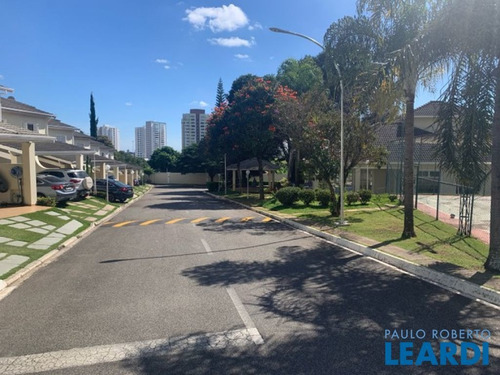 Imagem 1 de 13 de Casa Em Condomínio - Parque Campolim - Sp - 641241
