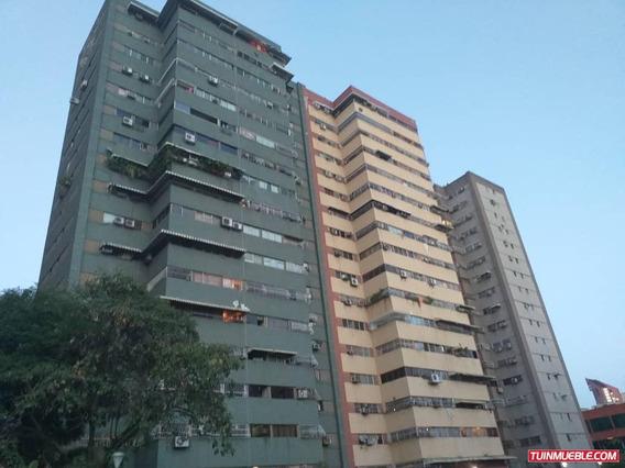 Apartamentos En Venta 04128849102
