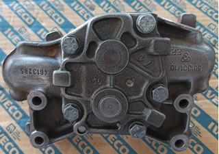 Bomba De Aceite Motor Fiat Iveco 8040 8060 Tractor 90
