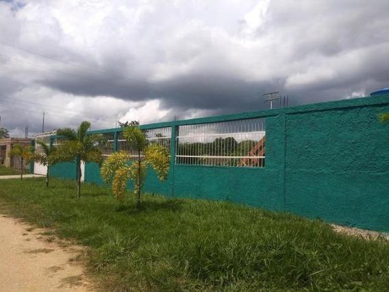 Casa En Venta Tocuyito Pt 20-846 Tlf.0241-825.57.06