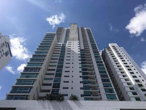 Venta De Apartamento En Ph Arboleda, Altos Del Golf 17-5921