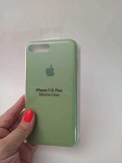 Capinha iPhone 7/8 Plus Silicone Aveluladada Verde