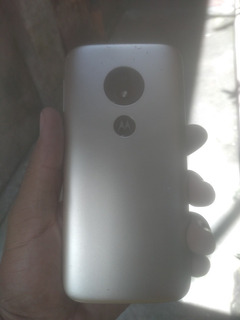 Moto E5 Play Samsung J6