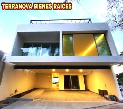 B3436. Estrene Bellisima Casa En Delicias