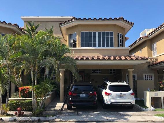 Condado Del Rey Bella Casa En Venta Panamá