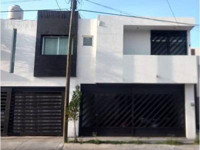 Casa Sola En Venta Fracc Villa Teresa