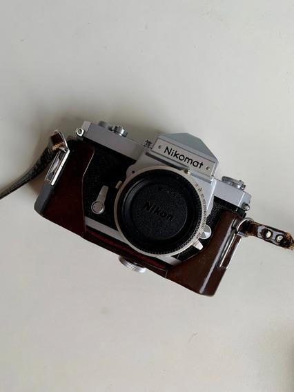 Camera Nikomat Com Bolsa, Perfeita.