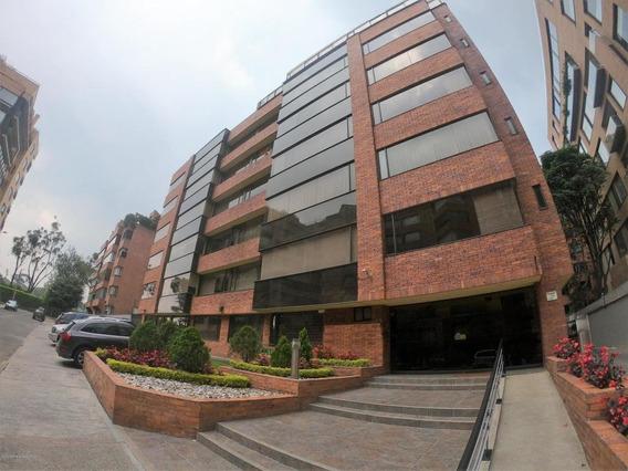 Apartamento En Venta La Carolina Rah Co:20-440