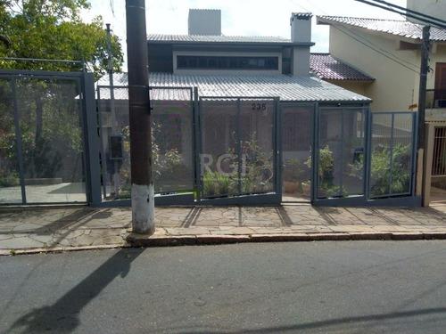 Casa Em Teresópolis Com 6 Dormitórios - Bt9916