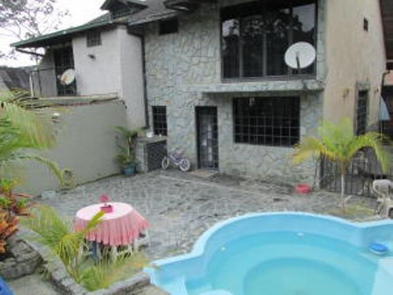 Ls Vende Town House Hoyo De La Puerta 19-13279