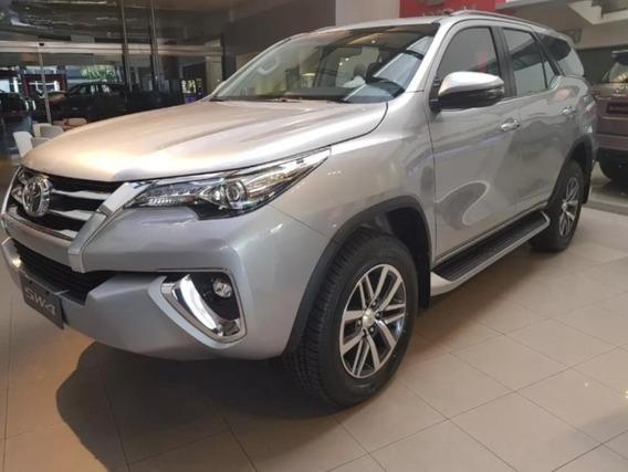 Toyota Sw4 4x4 Srx 2.8 Tdi 6 A/ T 7 Asientos Cuero Okm 2020