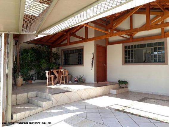 Casa Para Venda Em Presidente Prudente, São Gabriel, 3 Dormitórios, 1 Suíte, 2 Banheiros, 2 Vagas - Casa014