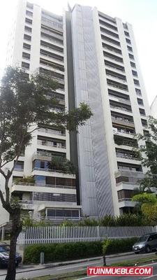(e) Apartamento En Alquiler. Los Naranjos. 198 M2. Ref. 700