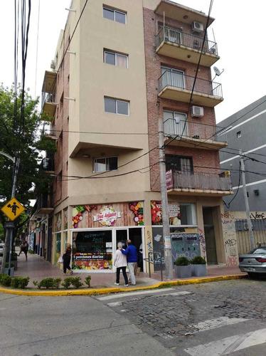 Palacios Nº 1114, 3º A, Victoria, (venta Con Rentas)