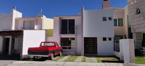 Renta De Casa En Residencial De Zinacantepec