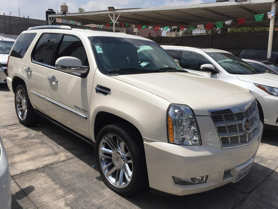 Cadilac 2013 Escalade 6.2 Platinum At