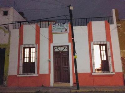 Atractiva Casa En Venta Re-modelada En El Centro De Gdl.