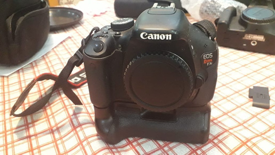 Camera Canon T3i Com Grip (somente O Corpo + Brinde!!!)