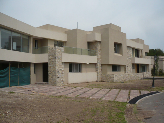 Imponente Casa Minimalista 5 Amb. En El Casco De Leloir