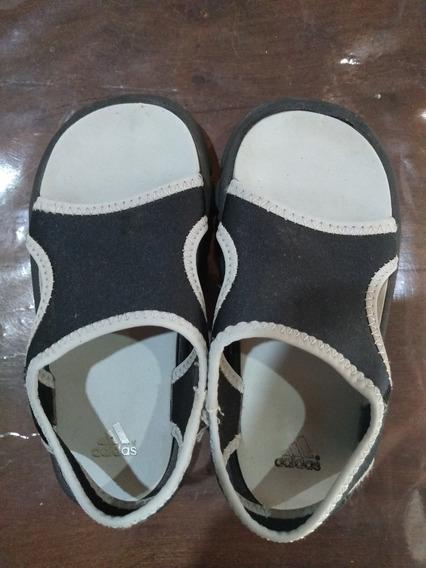 Sandalias adidas Niño Neoprene Talle 26
