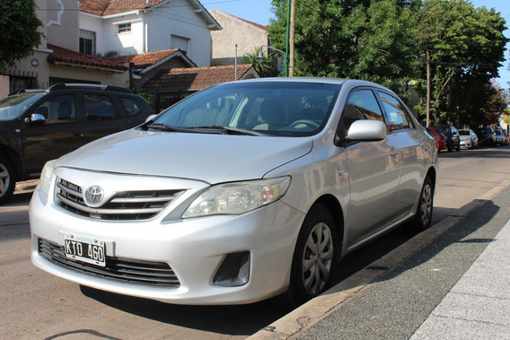 Toyota Corolla (escucho Ofertas)