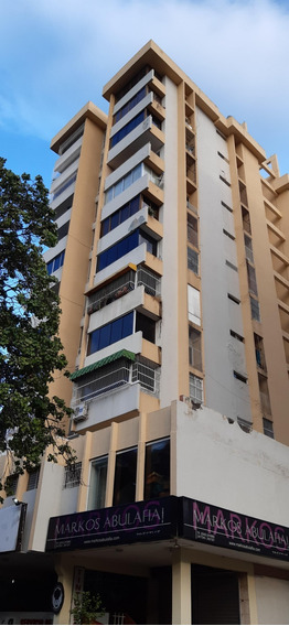 Yn Vende Apartamento Amoblado En Urb. Andres Bello, Maracay