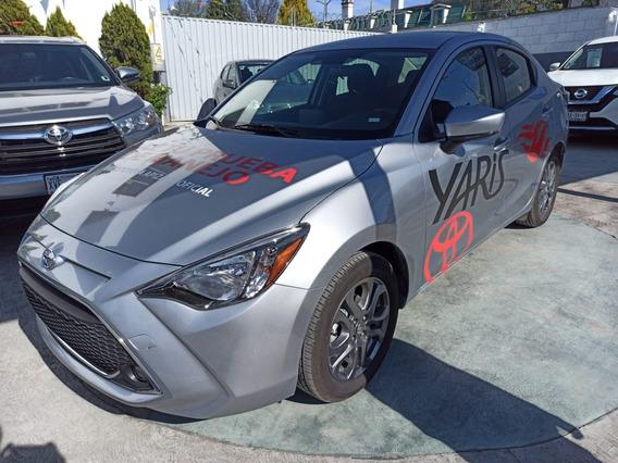 Toyota Yaris R Cvt 2020