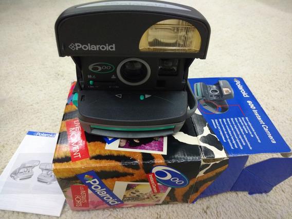 Camera Polaroid 600 Com Caixa E Manual