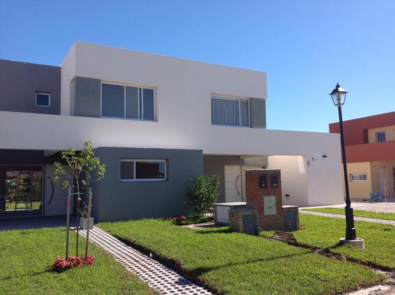 Casa En Venta, Santa Guadalupe, Pilar Del Este, Eidico Casas