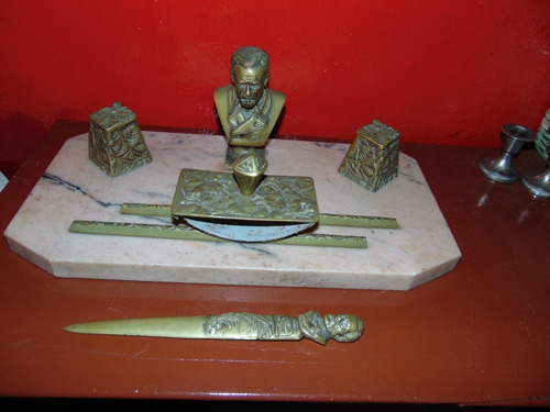 Antiguo Escritorio Marmol Y Bronce Pasteur 1822