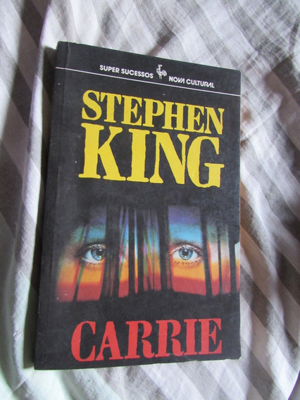Carrie - Stephen King Super Sucessos Nova Cultural