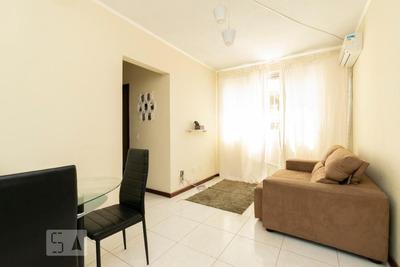 Apartamento No 1º Andar Mobiliado Com 2 Dormitórios E 1 Garagem - Id: 892855648 - 155648