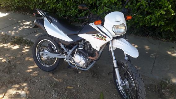 Moto Honda Xr 125 (2013) Único Dueño Excelentes Condiciones