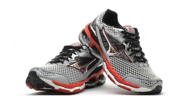 Mizuno Creation 18