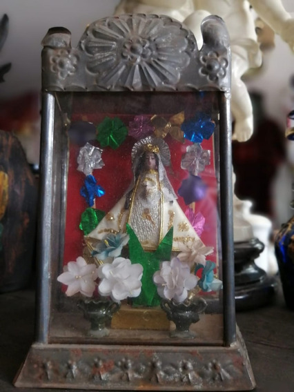 Nicho Con Virgen De Juquila, Religion, Santos Antiguos